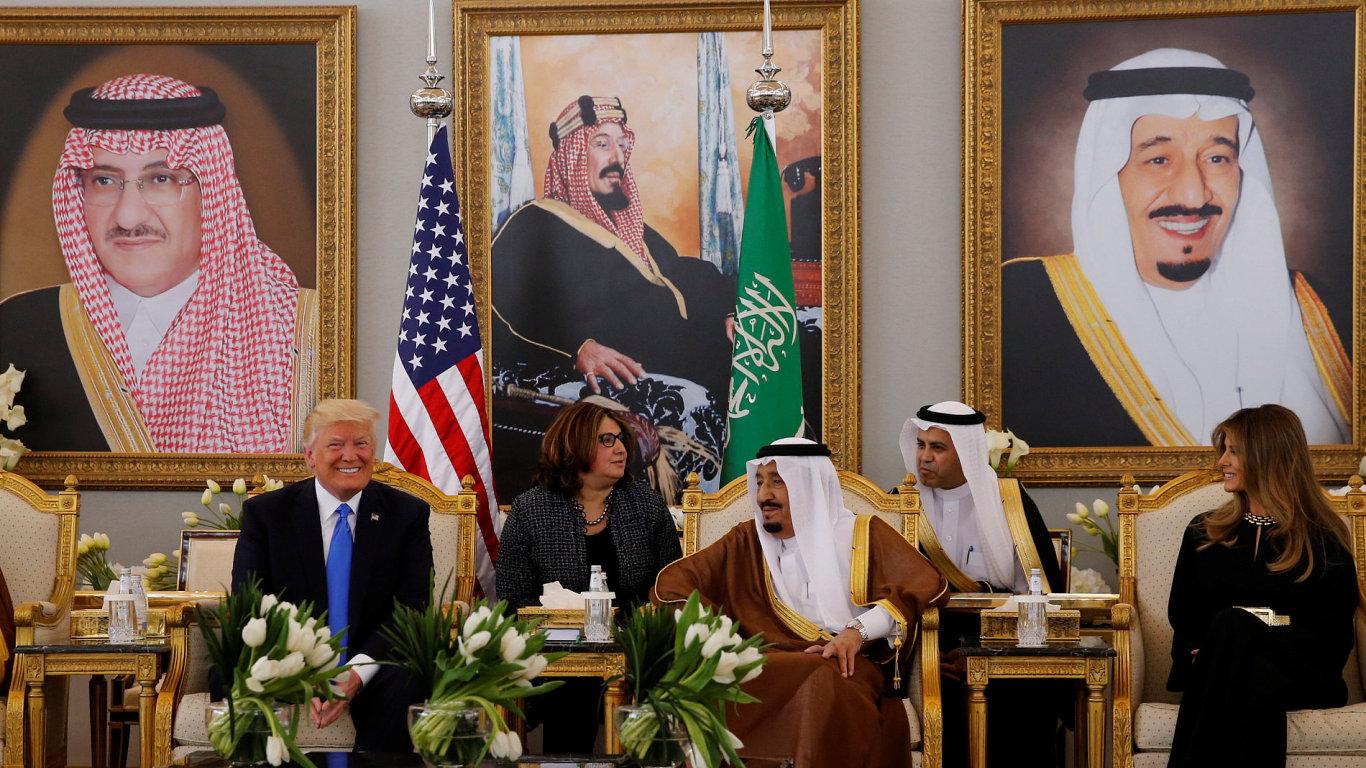 Americký prezident Donald Trump na oficiální návštěvě Saúdské Arábie