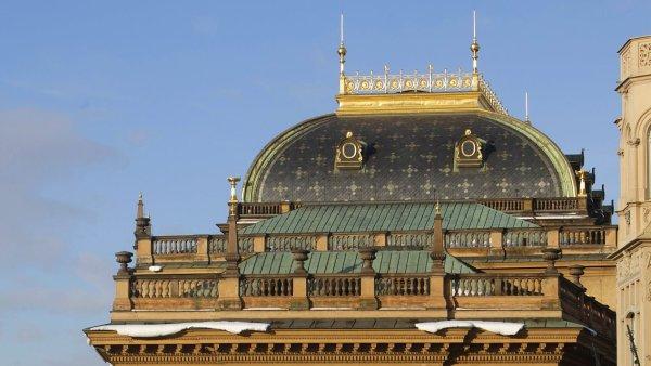 Na archivním snímku je zadní část budovy Národního divadla v Praze.