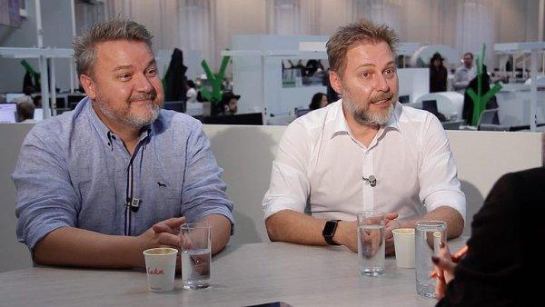 Cenzura hostů na Frekvenci 1? Nemáme na to nervy, nenecháme si kazit značku, říká duo Těžkej Pokondr, Miloš Pokorný a Roman Ondráček.
