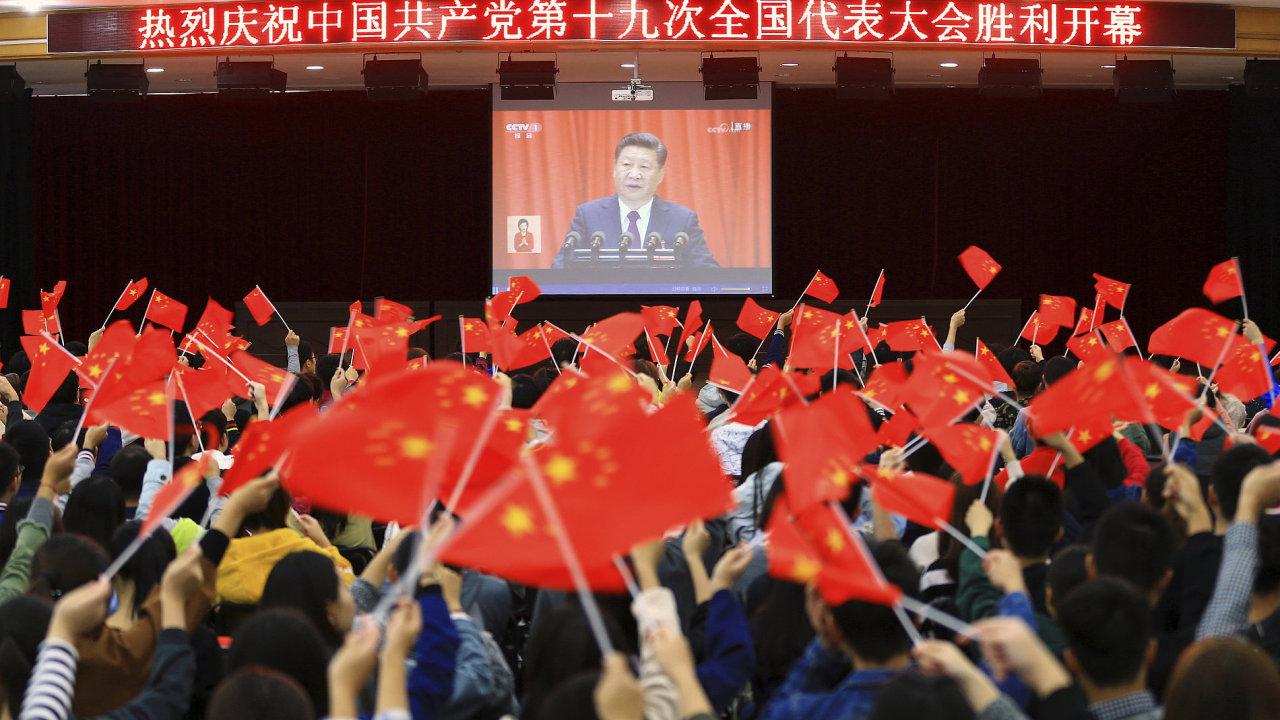 V Pekingu začal sjezd vládnoucí Komunistické strany Číny
