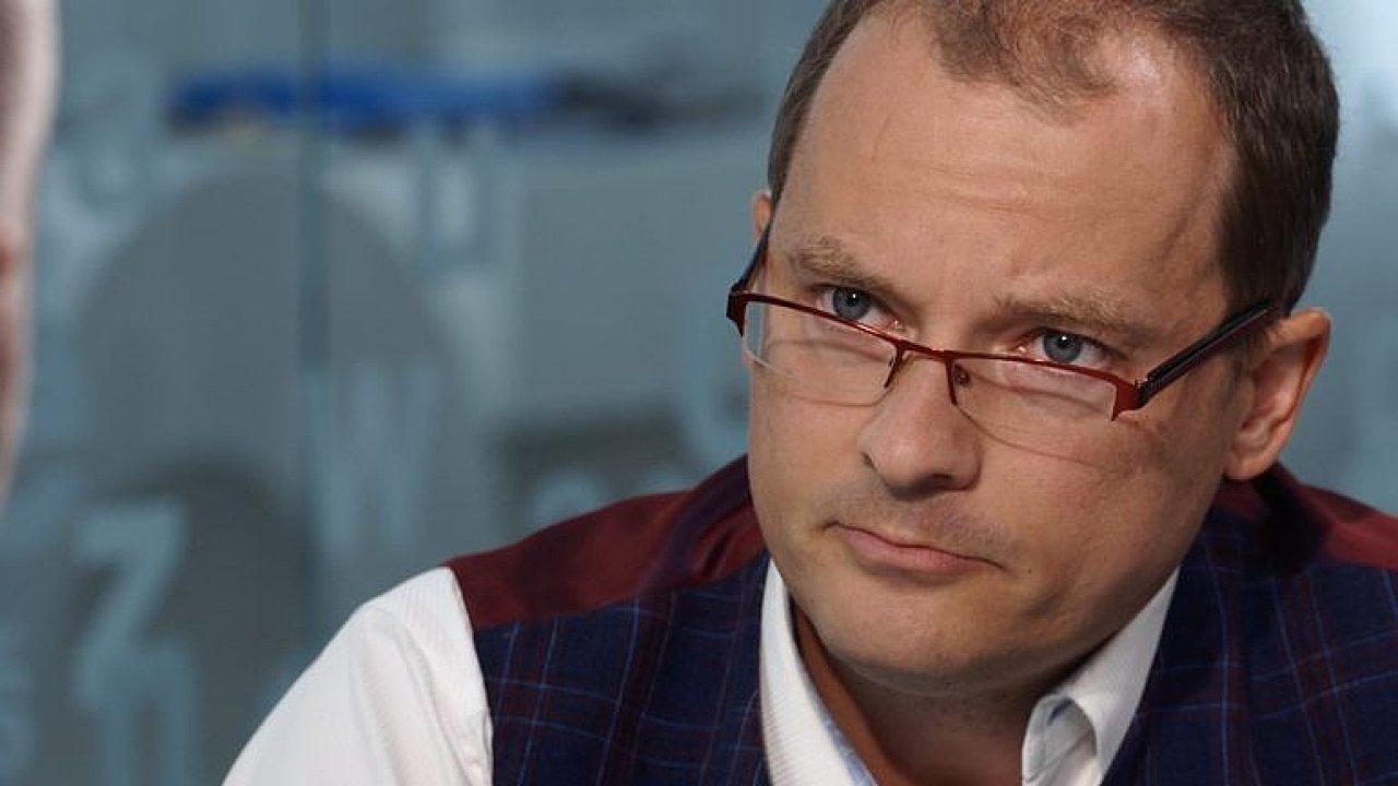 Pikora: Česko je montovna, máme nízké platy a žádné úspory. Trh chce jen lidi bez vzdělání