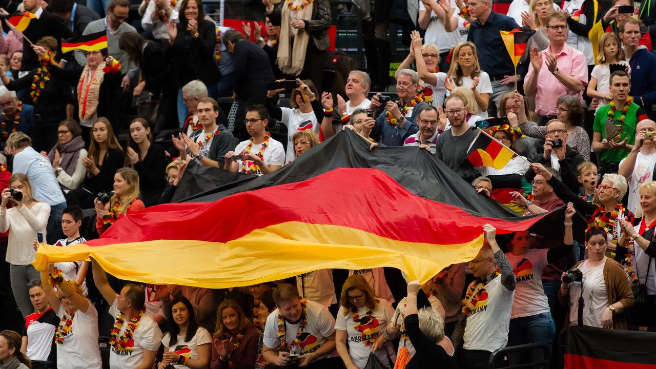 Německo, diváci, dav, Němci
