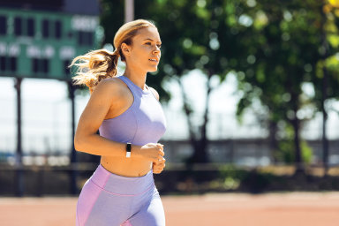 Fitbit Inspire HR je jednoduchý fitness náramek, hodně toho ale umí