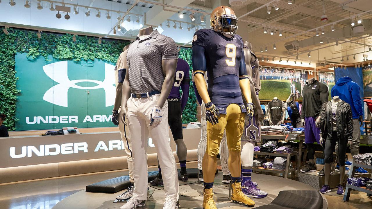 Společnost Under Armour začala vroce 1996 sprototypem protipotivého trička aběhem devíti let se stala dvojkou na americkém trhu sportovního oblečení. Dnes ji vyšetřuje Komise pro cenné papíry.