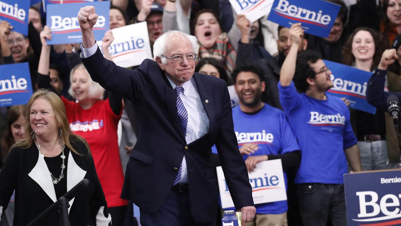 Socialista vede. Naamerické levici je prakticky rozhodnuto, tato část demokratické základny si zasvého kandidáta vybrala Bernieho Sanderse.