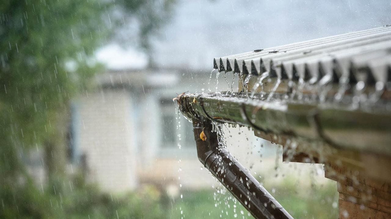 Lepší využívání dešťové vody je jedním zezpůsobů, jak se chce Česko adaptovat nazhoršující se sucho.