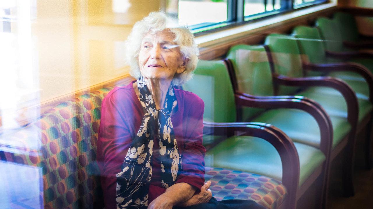Naděje proti Alheimeru. Účinný lék na častou chorobu ve stáří chce nabídnout společnost Biogen.