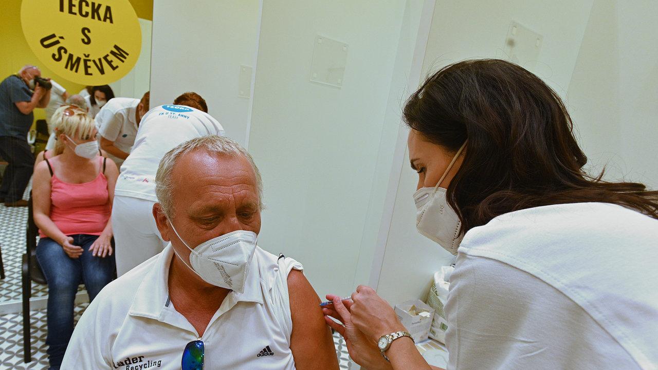 Očkování proti covidu. Ilustrační foto.
