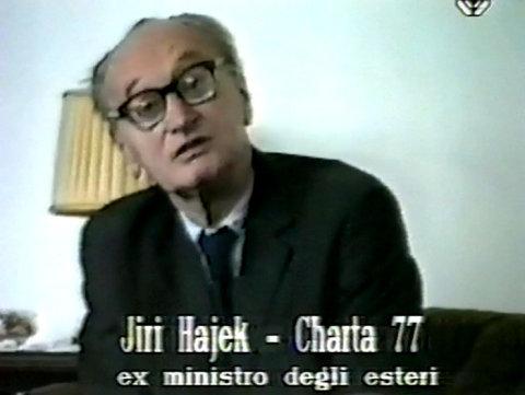 Záběry z dokumentu Mladí antipolitikové