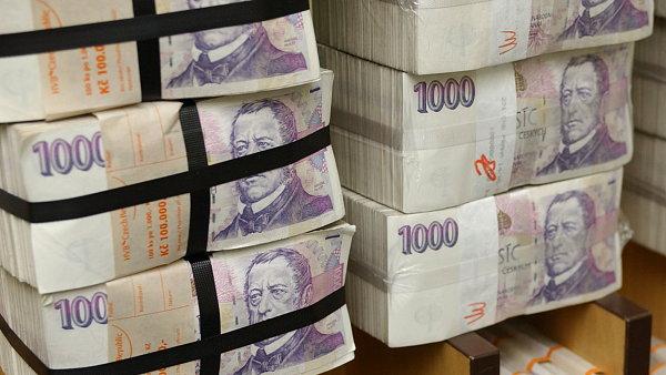 Celkový počet bankovek a mincí v oběhu překonal dvě miliardy kusů - Ilustrační foto.