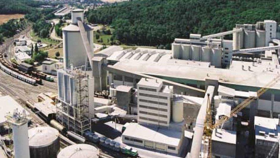 Vyhlašovatelem soutěže je společnost Českomoravský cement, a.s.