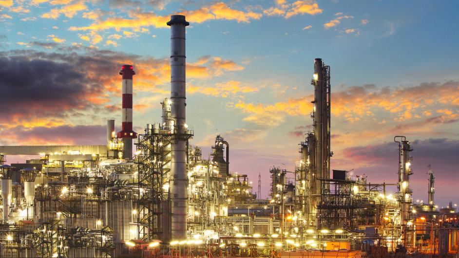 Rafinerie - Ilustrační foto.