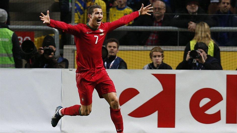 Cristiano Ronaldo sestřelil hattrickem Švédsko a poslal svoje Portugalsko na MS