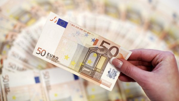 Minim�ln� mzda v EU je a� 52 tis�c korun - Ilustra�n� foto.