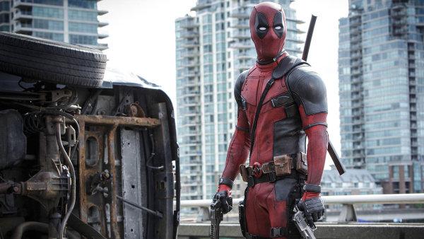 Akční film Deadpool o bývalém členu speciálních jednotek s nadpřirozenými schopnostmi je jedničkou v návštěvnosti českých kin.
