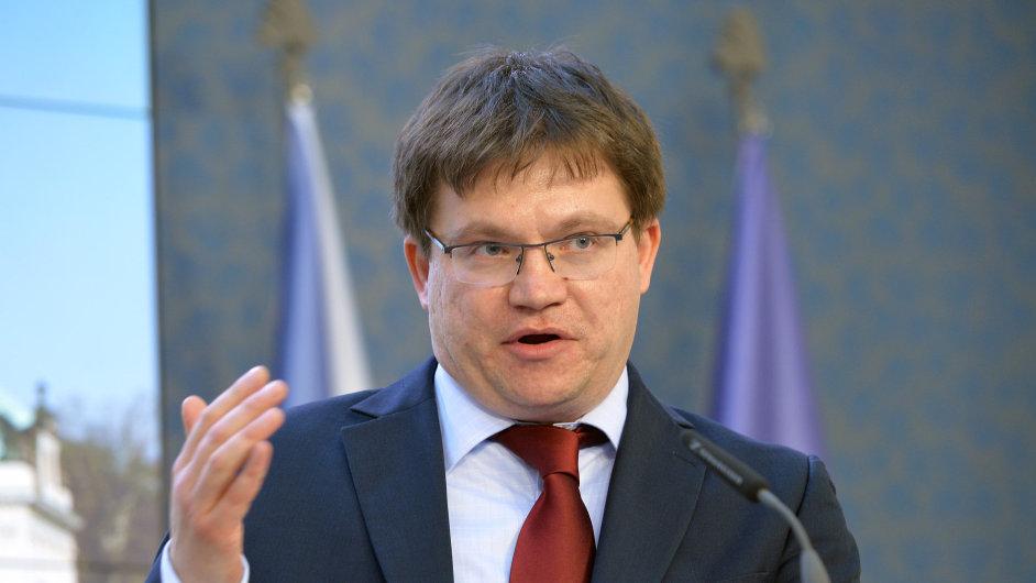 Novým šéfem Technologické agentury ČR bude pravděpodobně Petr Očko, kterého v tajné volbě zvolila vládní rada pro výzkum. Návrh musí ještě schválit vláda.