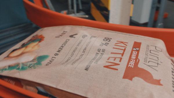 Značka krmiv pro zvířata Fitmin mění po 11 letech svou tvář