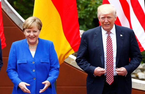 Nenašli společnou řeč: Úsměvy pro média během jednání skupiny G7 nezakryly spory například vevěci Pařížské dohody oklimatu.