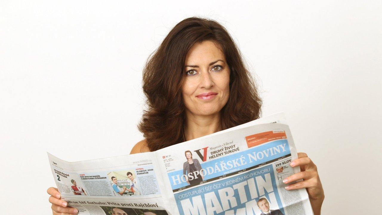 Julie Hrstková, komentátorka HN