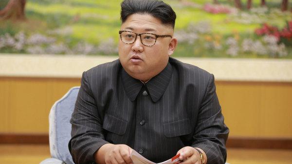Cena zlata je nejvyšší za posledních 11 měsíců, důvodem je nejistota kolem Severní Koreje.