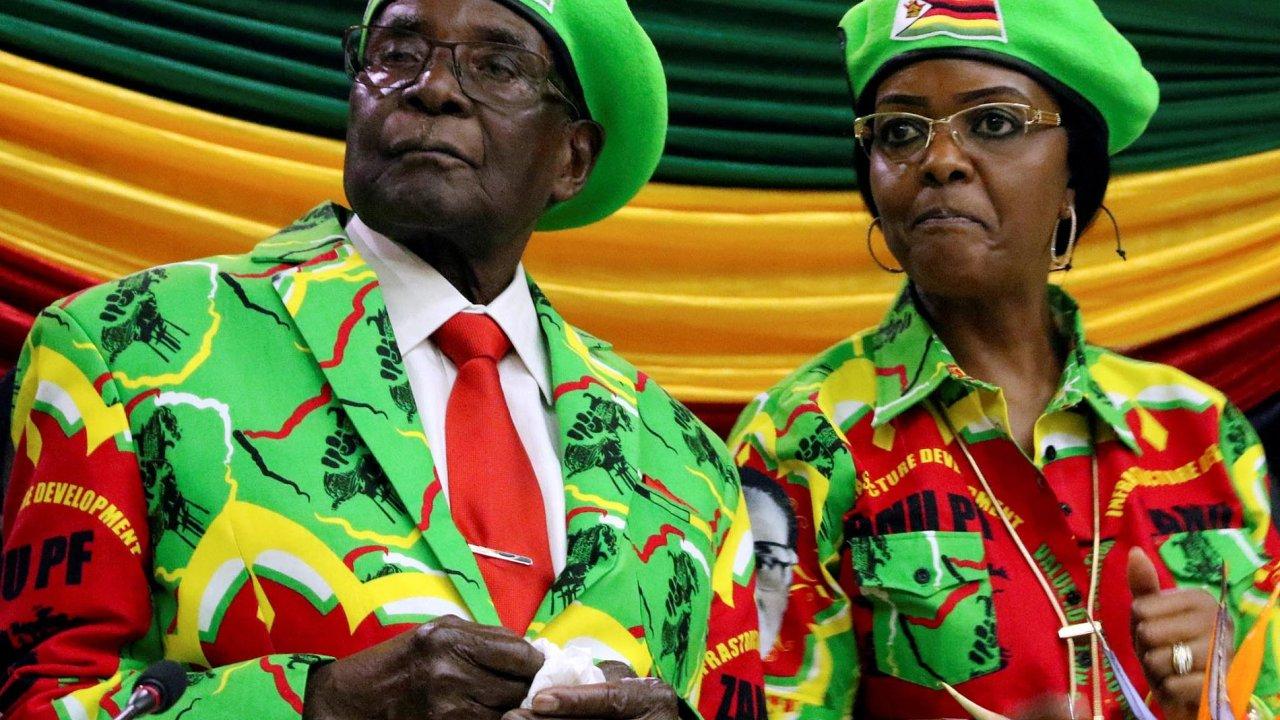 Prezident Robert Mugabe s manželkou Grace.