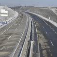 Nový úsek mezi Schrickem a Poysbrunnem výrazně zrychlí i cestu mezi Brnem a rakouským hlavním městem.