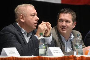 O místo v čele strany budou bojovat Milan Chovanec (vlevo), Jan Hamáček (vpravo) a Jiří Zimola.