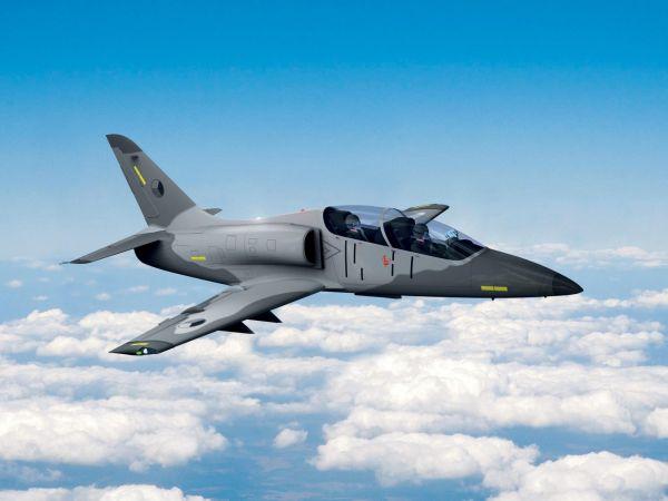 L-39NG. Nová generace legendárního Albatrosu má být hotová napřelomu let 2018 a2019. Podzvukový stroj je nejrozšířenějším výcvikovým letadlem nasvětě.