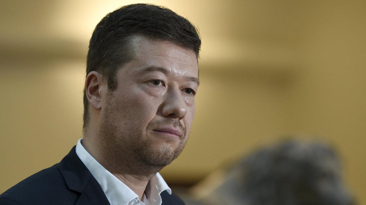 Předseda SPD Tomio Okamura - muž, který může za jediného českého teroristu.