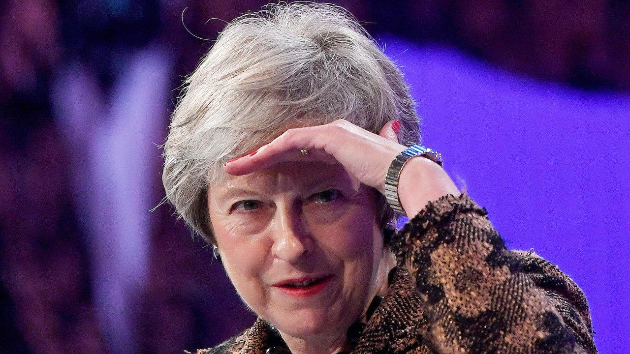 Premiérka Theresa Mayová se kvůli dohodě obrexitu setkala skritikou.