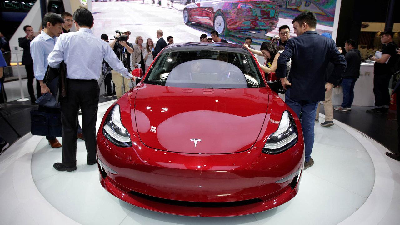 Prodej zvyšoval také úspěch Modelu 3.