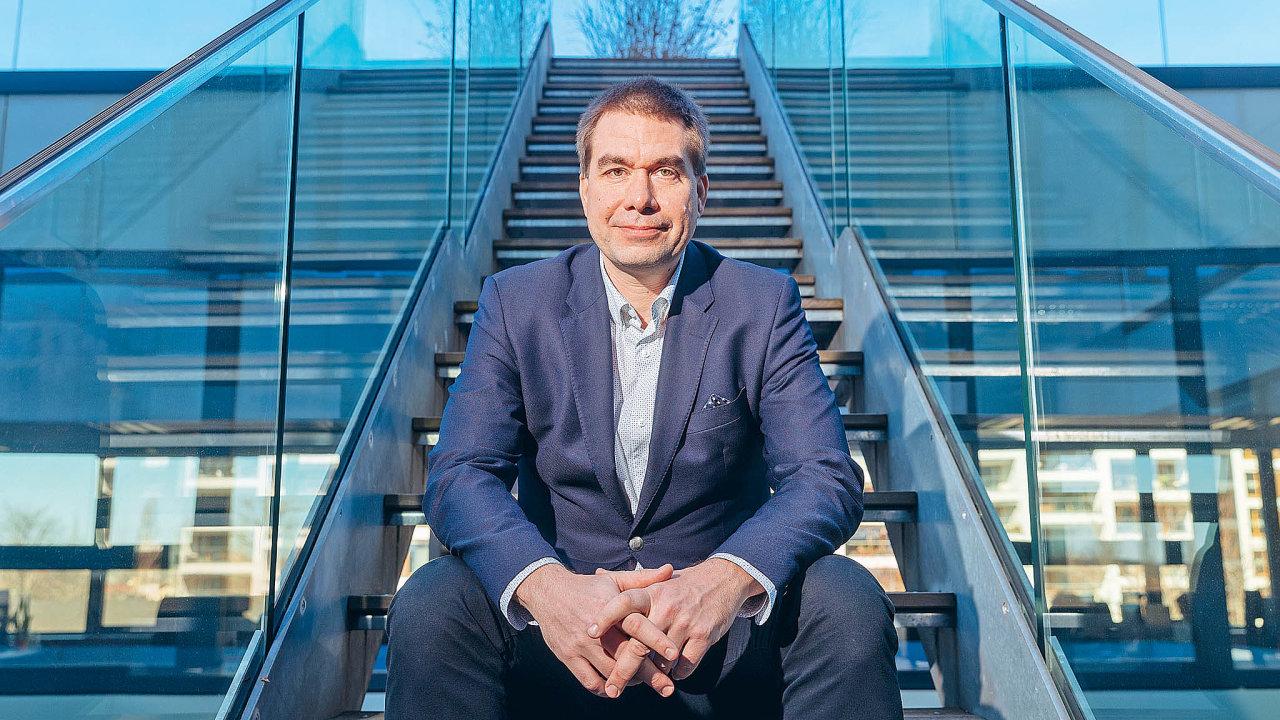 """""""Chceme se rozvíjet ivdalších zemích východní Evropy, kde má e-commerce velký potenciál růstu, nejdřív vRumunsku aBulharsku,"""" říkáPetr Ryska."""