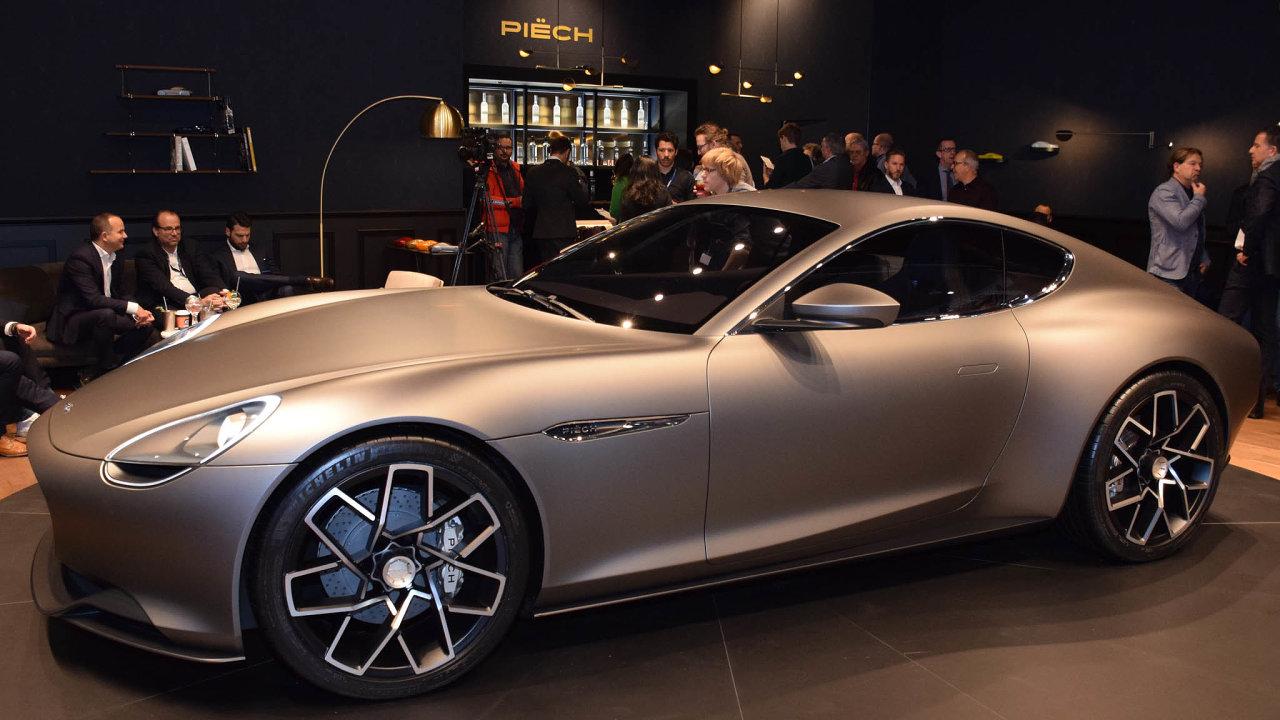 Design ainovace. Model Mark Zero se inspiroval křivkami vozů ze60. let. Láká inarychlé dobíjení baterie.