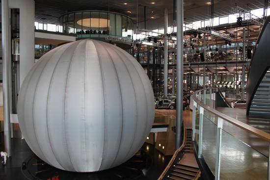 Skleněná manufaktura v Drážďanech