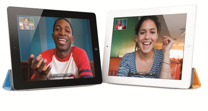 iPad 2 v obou barevných verzích