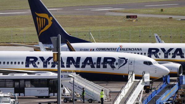 Leteck� spole�nost Ryanair ve t�et�m finan�n�m �tvrtlet� zdvojn�sobila sv�j zisk � ilustra�n� foto.