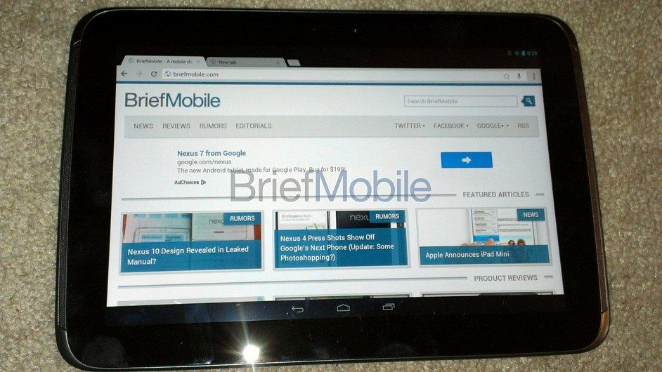 Snímek tabletu Nexus 10, který získala redakce serveru Briefmobile.com