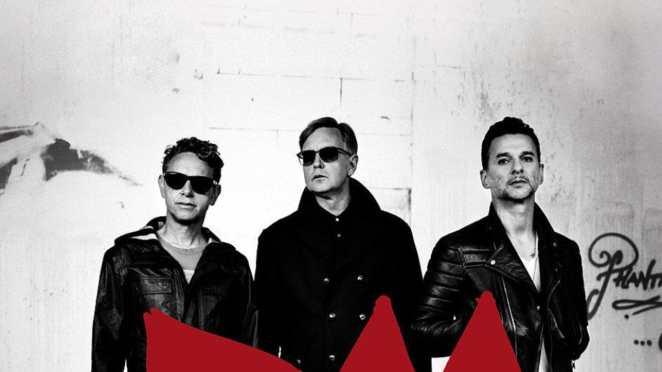 Současné turné Depeche Mode doprovází projekce fotek Antona Corbijna.