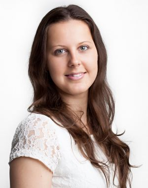 Gabriela Pazderová, Junior Property Management Accountant Jones Lang LaSalle