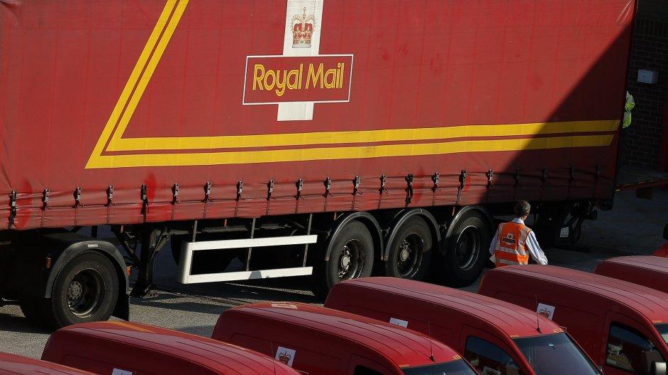 Británie nabídne na burze akcie Royal Mail