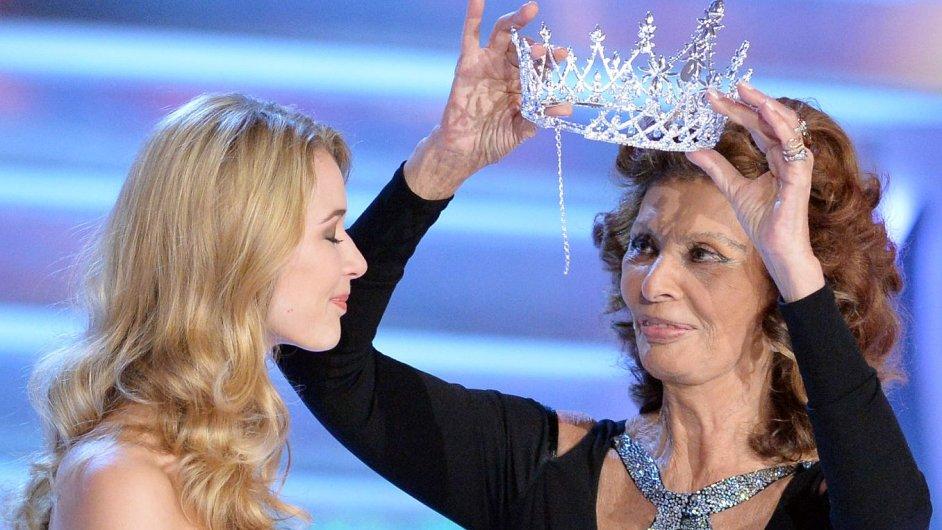 Finále soutěže krásy Česká Miss 2014 se konalo 29. března v Praze.  Korunku nové královně krásy předala italská herečka Sophia Lorenová.