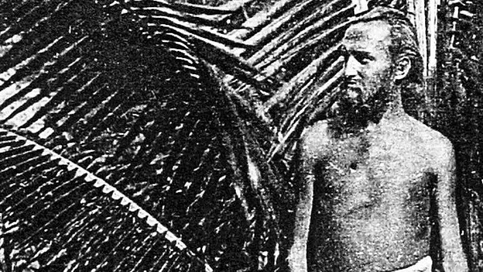 Na snímku z července 1906 německý nudista August Engelhardt.