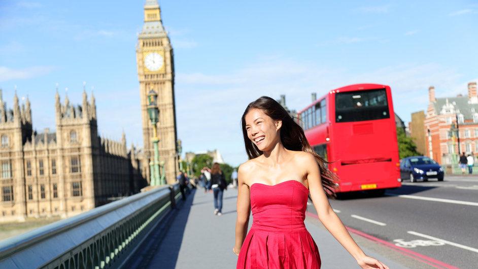 Velká Británie chce v budoucnu přilákat více čínských turistů.