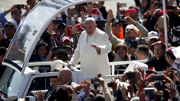 Papež František během své návštěvy Mexika.