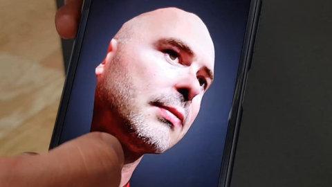 Mobil_od_Sony_ma_jako_prvni_novy_Android_8._Nabizi_i_3D_skener.jpg