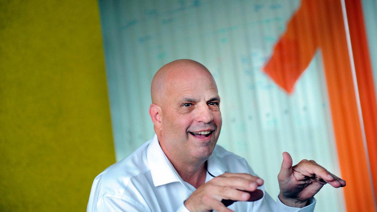 Šéf Avastu Vincent Steckler informace o vstupu firmy na burzu nekomentoval. Ještě letos v květnu jej ale kategoricky odmítal.