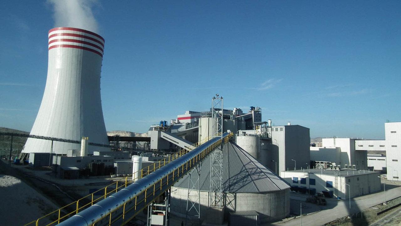 Elektrárna Adularya je sice hotová, ale elektřinu do turecké sítě stále nedodává.