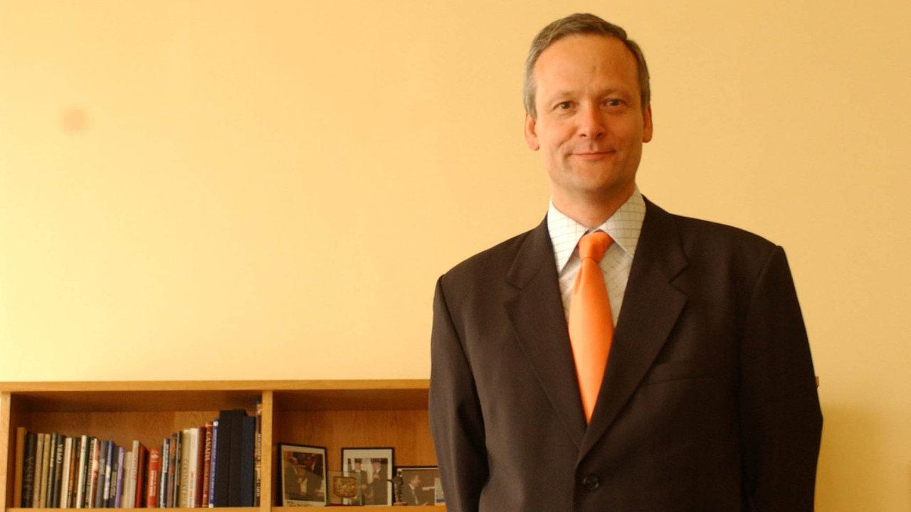 Takto referendum ne! Cyril Svoboda byl dříve předsedou KDU-ČSL, ministrem pro místní rozvoj a předsedou Legislativní rady vlády.