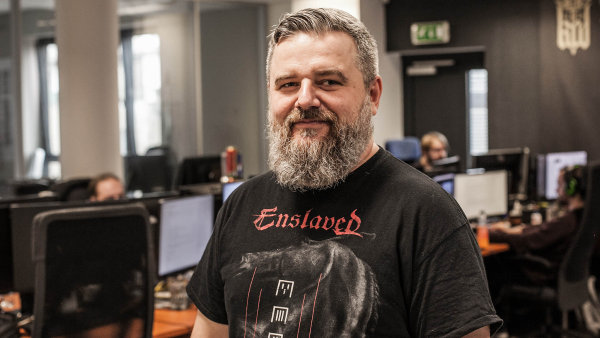 Spolumajitel firmy Warhorse Studios Dan Vávra.
