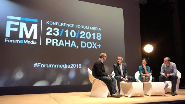 Forum Media 2018: Ondřej Fér moderuje debatu s Libuší Šmuclerovou, Michelem Fleischmannem a Pavlem Zimou